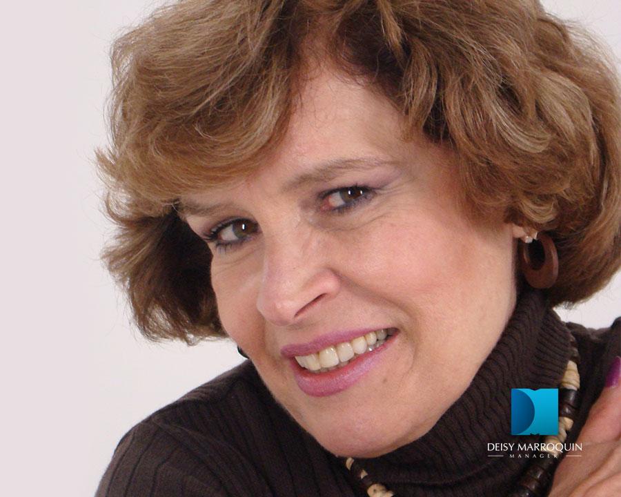 María Margarita Giraldo Gutiérrez es una actriz colombiana nacida el 18 de enero de 1950. Es hija de la actriz Teresa Gutiérrez y hermana de Miguel Varoni. - Maria_02