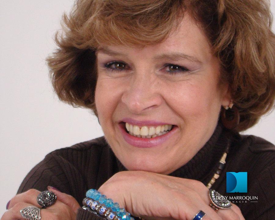María Margarita Giraldo Gutiérrez es una actriz colombiana nacida el 18 de enero de 1950. Es hija de la actriz Teresa Gutiérrez y hermana de Miguel Varoni. - Maria_04